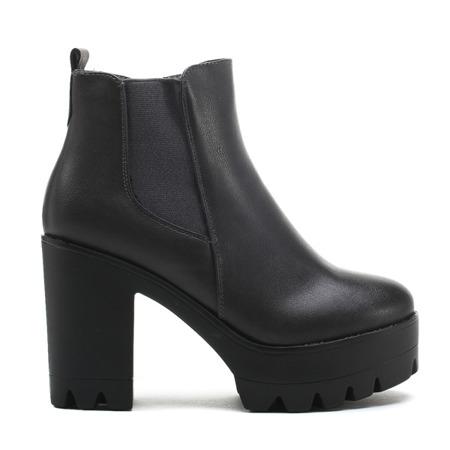 Grey ankle boots on the column Serpienea - Footwear