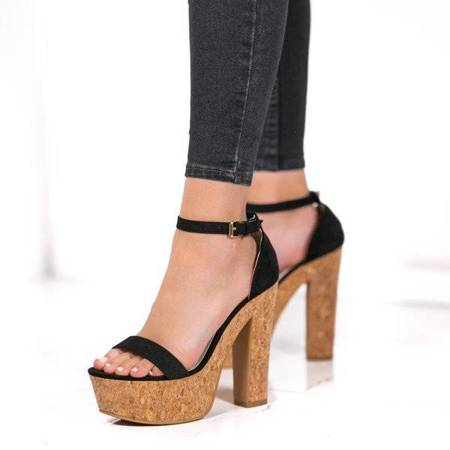 OUTLET Black sandals on the Venia post - Footwear