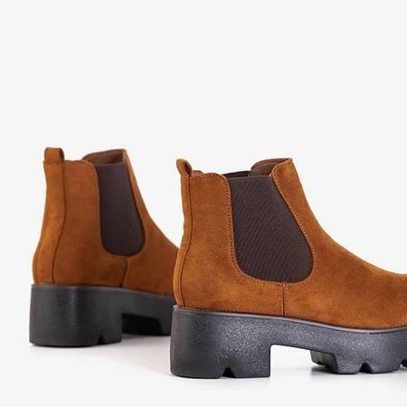 OUTLET Brown women's boots with flat heels Jantaro - Shoes