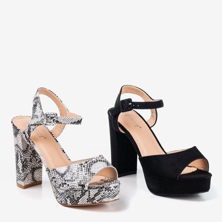 Sandals on a higher post with a snake skin pattern Silenae - Footwear